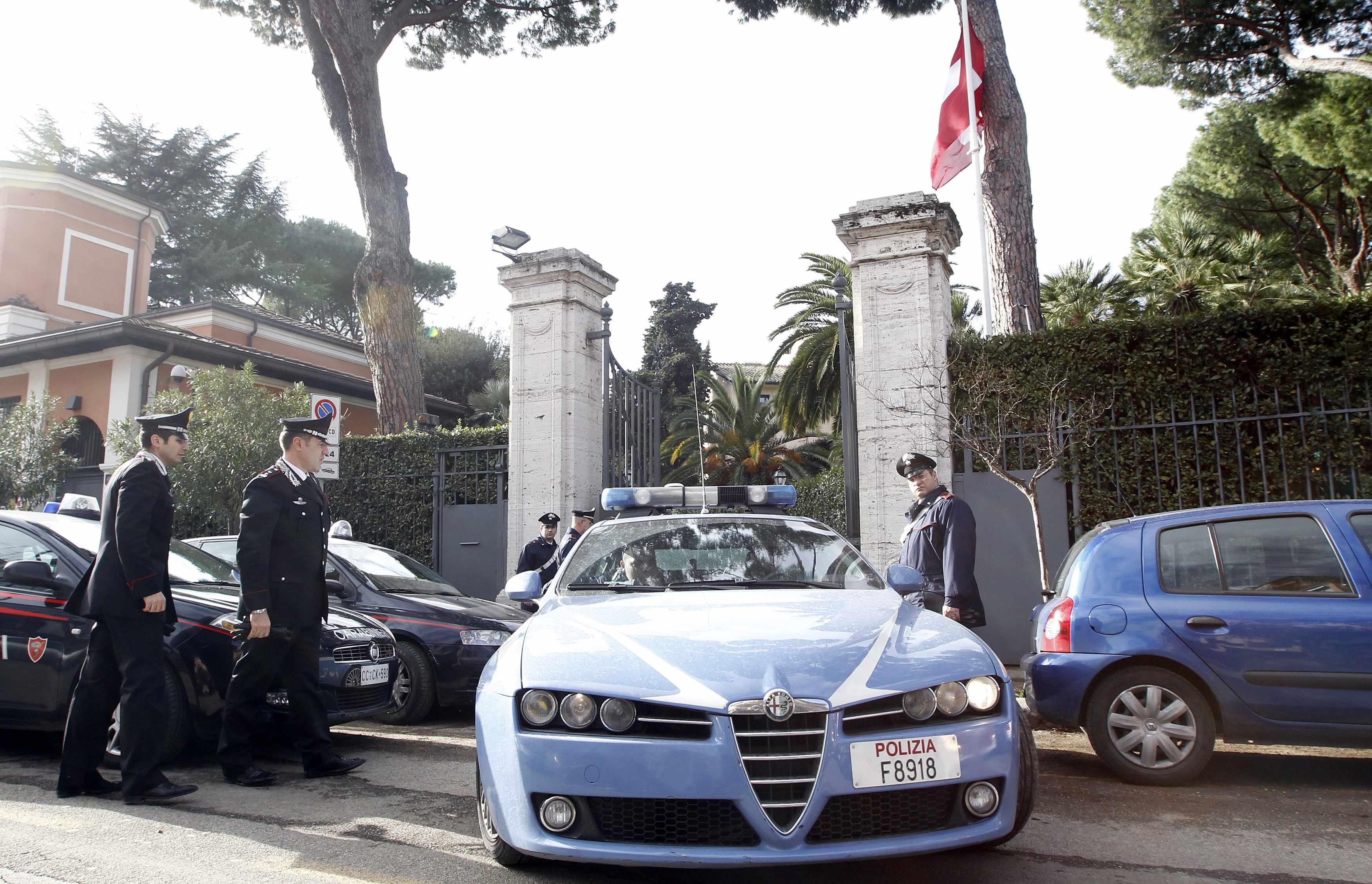 Συναγερμός στην πρεσβεία της Ελβετίας - ΦΩΤΟ REUTERS