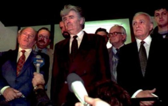 Ο Κάρατζιτς ζητάει ως μάρτυρα του στο Διεθνές Δικαστήριο τον Κάρολο Παπούλια