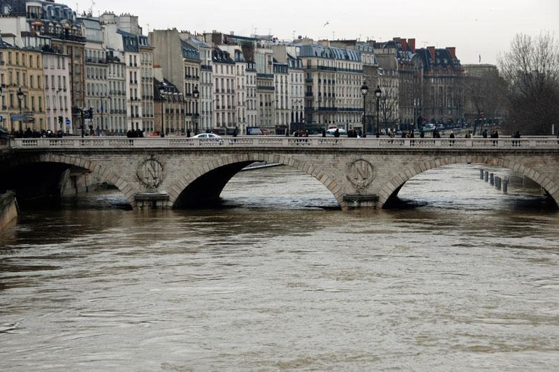 Η στάθμη του ποταμού έχει ανέβει αισθητά