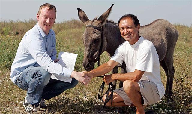 Η συμφωνία με το πρώην αφεντικό του Άναπκα, Βασίλι Ουμαράλιεφ, μόλις έχει ολοκληρωθεί.