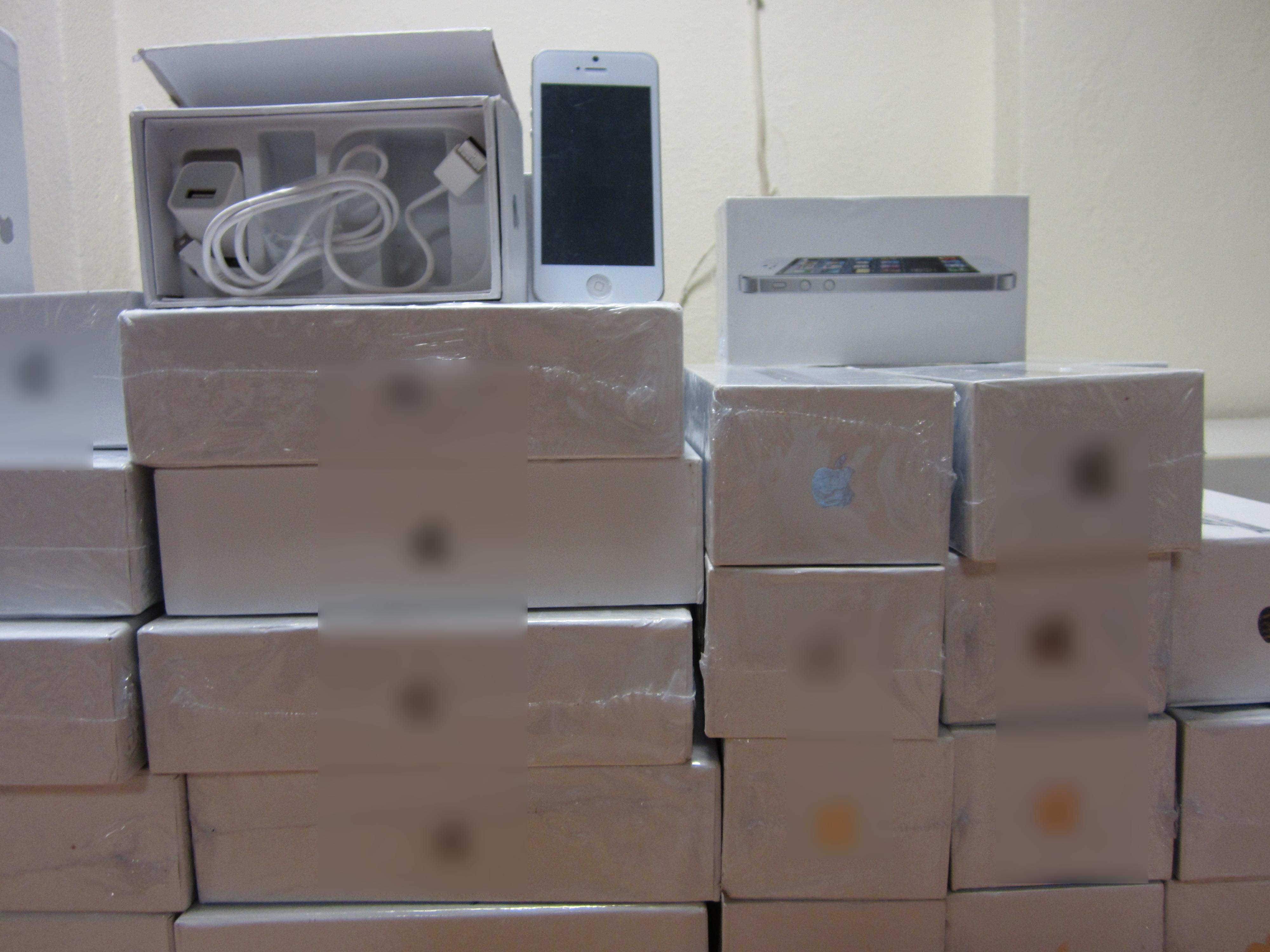 Θεσσαλονίκη  Κατάστημα πουλούσε και χρέωνε προϊόντα   μαϊμού   για ... 43ebc2e1f47