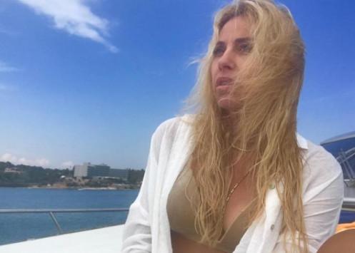 Γωγώ Μαστροκώστα: Κάνει διακοπές στη Λευκάδα και αναστατώνει το Instagram!