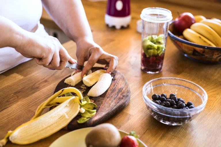 H καλύτερη ώρα για να τρώμε φρούτα – 5 μύθοι και η αλήθεια | Newsit.gr