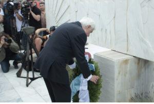 Σφαγή Διστόμου: Η συγκίνηση του Προκόπη Παυλόπουλου από τη Γερμανία – »Να μην ξεχνάμε το ναζισμό»!