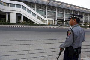 Βρήκαν τα συντρίμμια του στρατιωτικού αεροπλάνου με 116 επιβαίνοντες στη Μιανμάρ