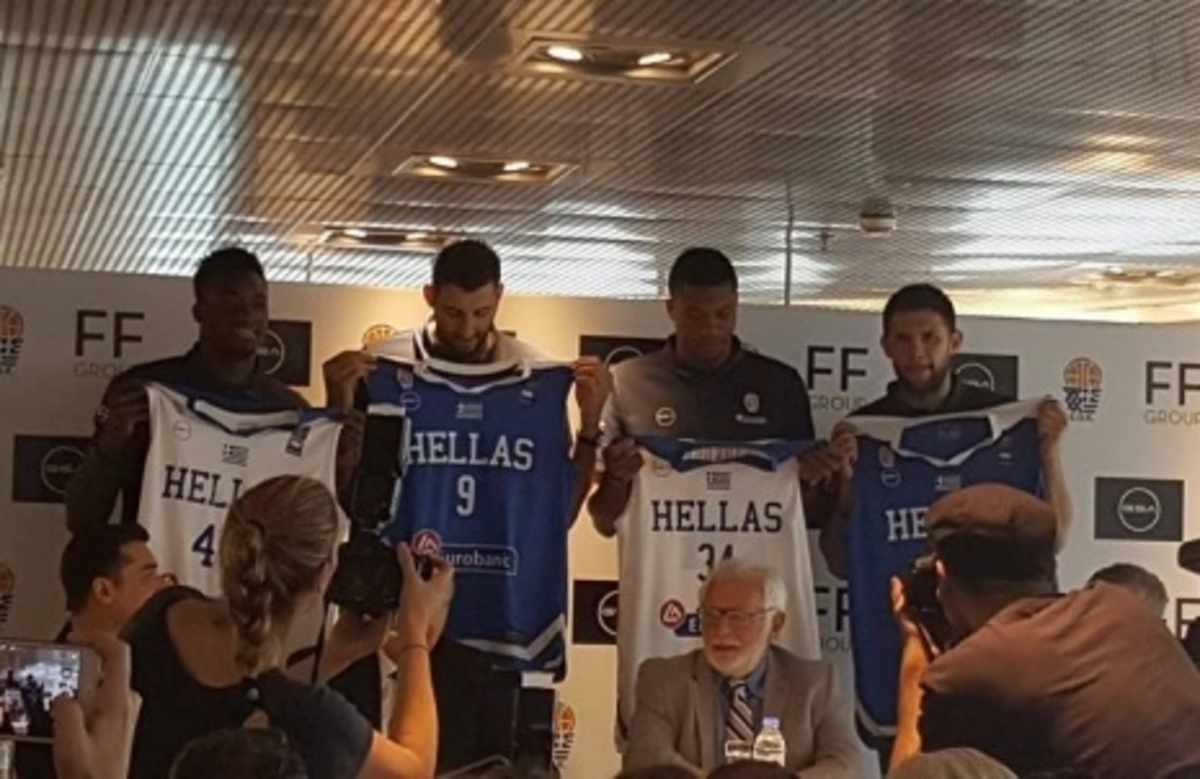 Νέα φανέλα για την εθνική μπάσκετ – Υψηλοί στόχοι… χωρίς προπονητή! | Newsit.gr