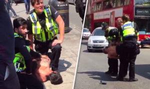 """Λονδίνο: Άντρας με μαχαίρι επιτέθηκε σε αστυνομικό ουρλιάζοντας """"Ο Αλλάχ είναι μεγάλος""""  [vids]"""