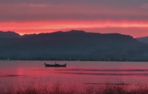 Ναύπλιο: Ηλιοβασίλεμα για πίνακα ζωγραφικής – Μοναδικές εικόνες μετά τη βροχή [pic, vid]