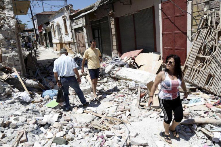 Λέσβος: Έλεγαν από μεγάφωνο ότι θα γίνει μεγάλος σεισμός! Σε πανικό ο κόσμος! | Newsit.gr
