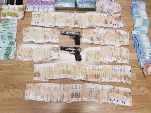 Όπλα, χρήματα, ναρκωτικά! Έτσι εξαρθρώθηκαν τρεις άκρως επικίνδυνες εγκληματικές οργανώσεις [pics]