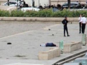 Παναγία των Παρισίων: Βραβευμένος δημοσιογράφος ο δράστης της επίθεσης!