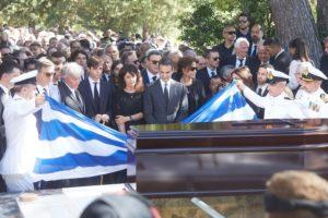 Κωνσταντίνος Μητσοτάκης: Ξανά και για πάντα με την Μαρίκα του – Οδύνη και σπαραγμός στο τελευταίο αντίο