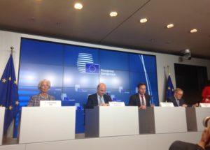 """Με """"δώρα"""" του Eurogroup στην κυβέρνηση, έκλεισε η συμφωνία – Υποσχέσεις για το χρέος"""