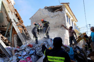 Σεισμός: Στη Μυτιλήνη Μητσοτάκης και Αρχιεπίσκοπος Ιερώνυμος