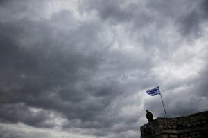Το Bloomberg παγώνει τις προσδοκίες για το χρέος – Το βλέμμα της Αθήνας στον Μακρόν