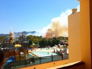 Πανικός στην Ίμπιζα! Εκρήξεις και φωτιά! [vids, pics]
