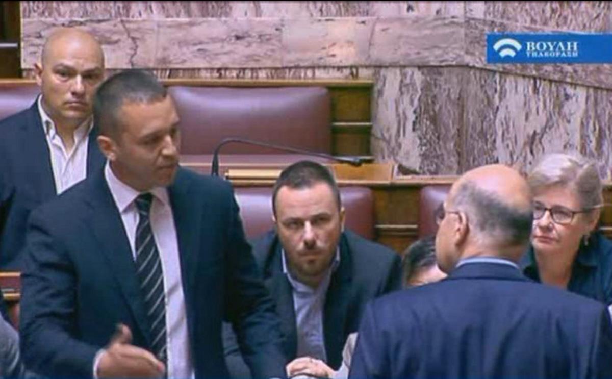 Ας το παραδεχτούμε: Η Χρυσή Αυγή νίκησε τη δημοκρατία μας! | Newsit.gr