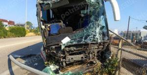 Ηλεία: Τροχαίο με λεωφορείο και καραμπόλα! [pics]