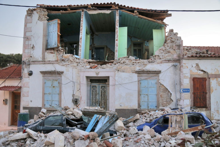 Σεισμός: Τι θα κάνετε εάν βρίσκεστε στον 7ο όροφο; – Οδηγίες για να σωθείτε | Newsit.gr