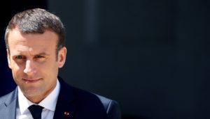 Ο Μακρόν χαιρετίζει την «καλή συμφωνία» για την Ελλάδα