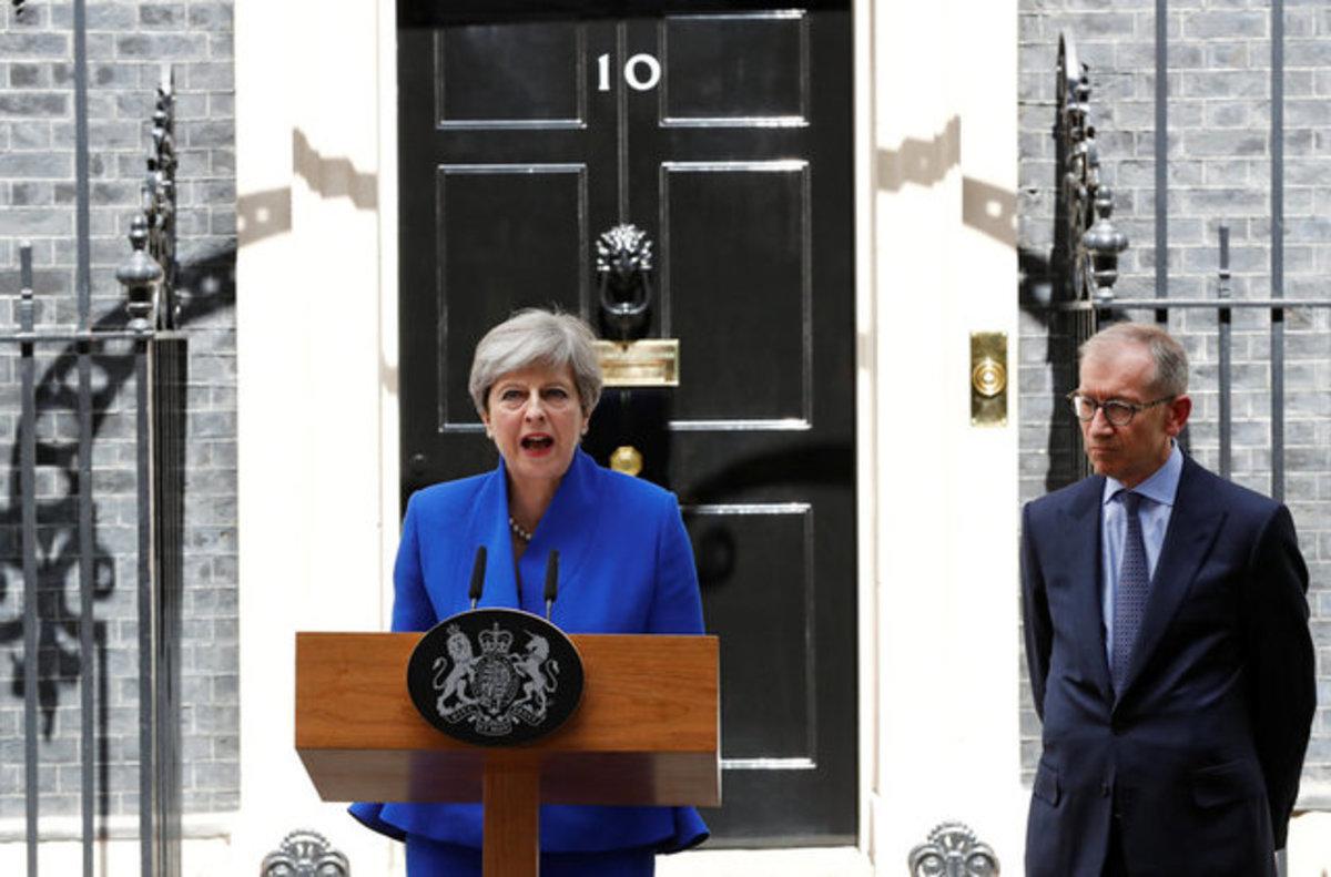 Βρετανία – Εκλογές: Τα τελικά αποτελέσματα και η αποφασισμένη Μέι | Newsit.gr