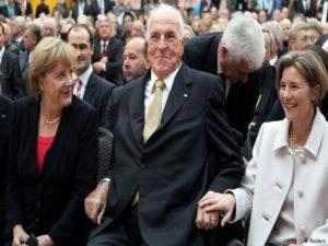 Χέλμουτ Κολ: «Ξεκατίνιασμα» χήρας και συγγενών! Απίστευτο παρασκήνιο για την τελετή μνήμης