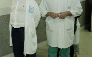 Έκαναν ανθρώπινη αλυσίδα γύρω από το νοσοκομείο Διδυμοτείχου