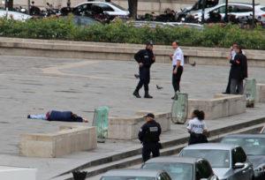 Παναγία των Παρισίων: Προφυλακίστηκε ο τρομοκράτης με το σφυρί