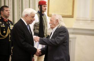Προεδρικό άδειασμα στην Κωνσταντοπούλου – Τηλεφώνημα Παυλόπουλου σε Γλέζο