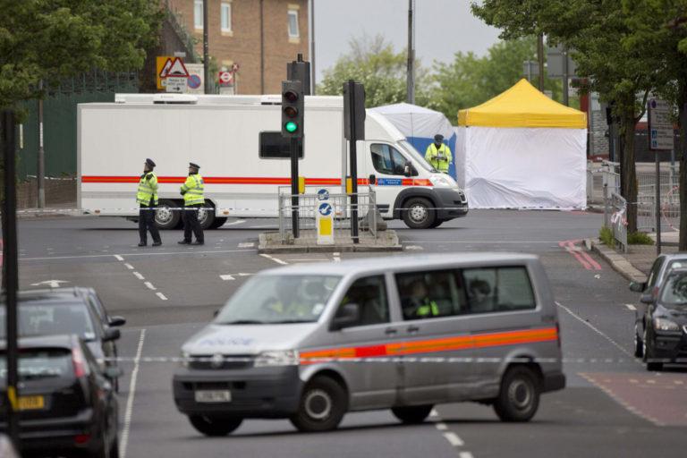 """Τρόμος στο Λονδίνο! Μαχαίρωσαν νηπιαγωγό και φώναζαν """"ο Αλλάχ θα σε βρει""""   Newsit.gr"""