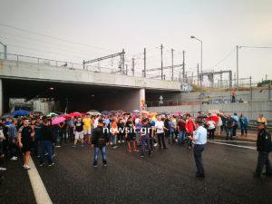 Μενίδι: Η βροχή δεν τους πτόησε! Νέα πορεία των κατοίκων κατά της εγκληματικότητας των Ρομά