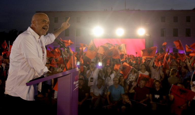 Αλβανία – Εκλογές: Αποχή ρεκόρ στην μετά – Χότζα εποχή! | Newsit.gr