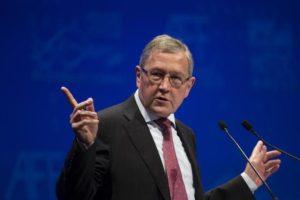 Ρέγκλινγκ: Η Ελλάδα μπορεί να βγει στις αγορές το προσεχές διάστημα