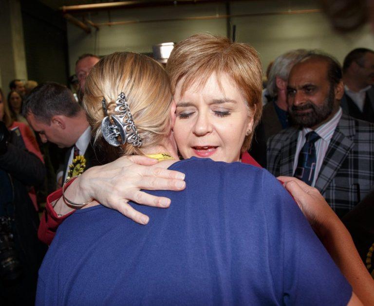 Πανωλεθρία και για τους εθνικιστές στη Σκωτία – «Παγώνει» το δημοψήφισμα | Newsit.gr