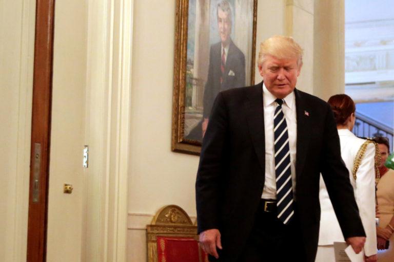 Το FBI – gate καταποντίζει τον Τραμπ – Νέα δημοσκόπηση | Newsit.gr