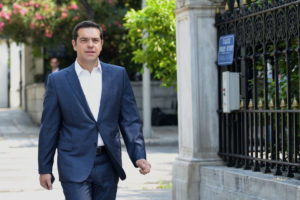 SZ: Τι κέρδισε η Ελλάδα; Δείτε τι δε φοράει ο Τσίπρας