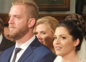 Χανιά: Γαμπρός και νύφη εντυπωσίασαν τους καλεσμένους τους – Οι εικόνες που κάνουν το γύρο του διαδικτύου [pics]