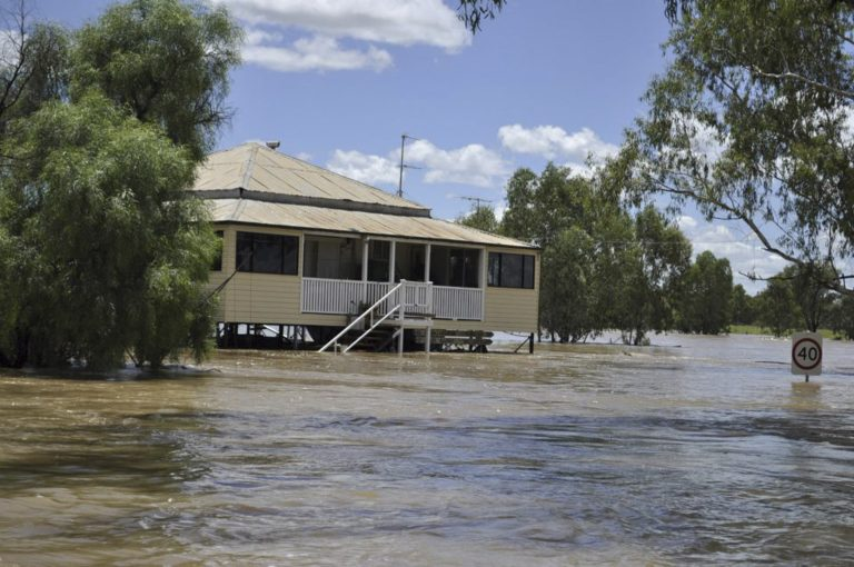 «Βουλιάζουν» περιοχές της Αυστραλίας – Ζημιές και σε σπίτια ομογενών | Newsit.gr
