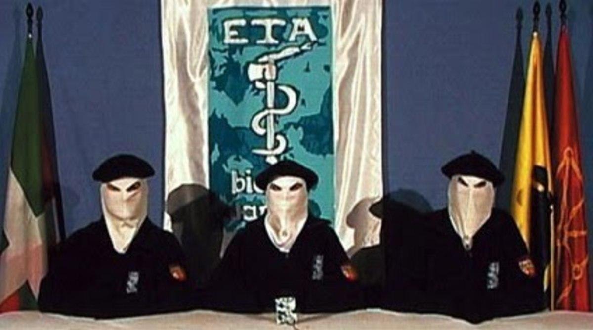 Τρία μέλη της ΕΤΑ καταδικάστηκαν απο δικαστήριο του Παρισιού | Newsit.gr