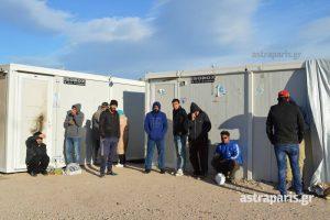 Χίος: Ξεπαγιάζουν στον καταυλισμό της Σούδας – Δύσκολες ώρες για μικρά παιδιά!