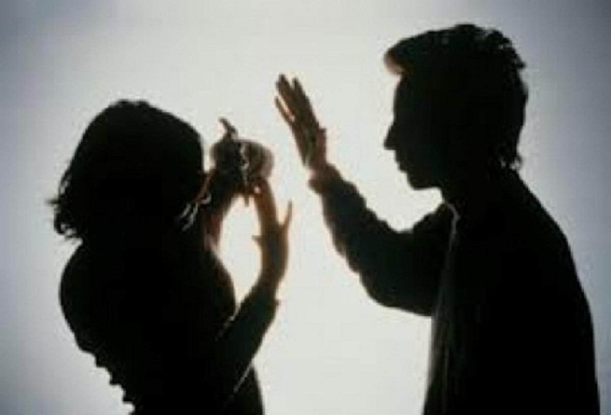 Αγρίνιο: Ξυλοκόπησε και έστειλε στο νοσοκομείο την ίδια του, την αδερφή!   Newsit.gr