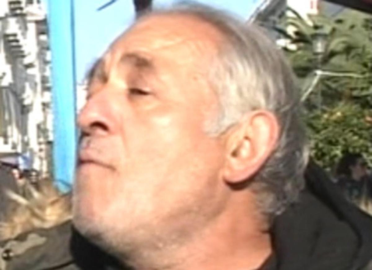 Θεσσαλονίκη: Αυτός είναι ο καστανάς που συνελήφθη λιπόθυμος – Τι απαντά στους αστυνομικούς (Βίντεο)! | Newsit.gr