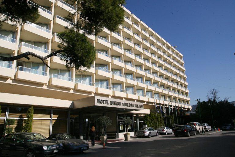Ηλεία: Άγρια ληστεία σε ξενοδοχείο-Οι ληστές τον πυροβόλησαν στα πόδια! | Newsit.gr