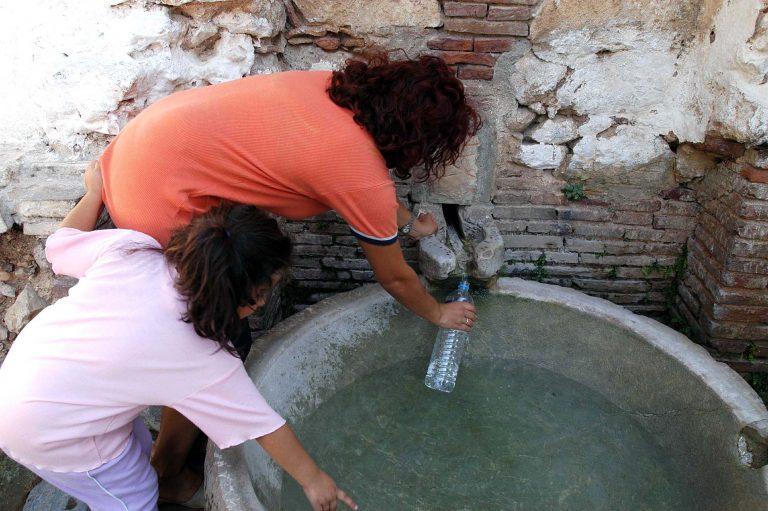 Θεσσαλονίκη: Θα μείνουν χωρίς νερό λόγω διαρροής σε αγωγό | Newsit.gr