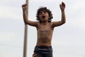 Ειδομένη: Πρόσφυγας προσπάθησε να αυτοπυρποληθεί – Νέα διαμαρτυρία στα κλειστά σύνορα!