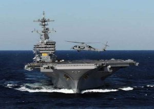 """Χανιά: Καθηλώνει η είσοδος του αεροπλανοφόρου """"George Bush"""" στο λιμάνι της Σούδας [vid]"""