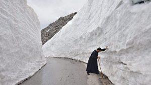 Κρήτη: Βουνά από χιόνι στον Ψηλορείτη – Εκπληκτικές φωτογραφίες που σαρώνουν τα social media [pics]