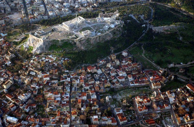 Αχαϊα: Φωτογράφιζε τις φυλακές του Αγίου Στεφάνου από ανεμόπτερο! | Newsit.gr