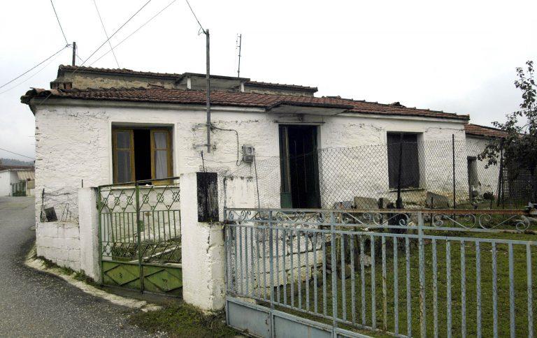 Χανιά: Την έλουσαν με οινόπνευμα και απείλησαν ότι θα την κάψουν ζωντανή για 100 ευρώ!   Newsit.gr