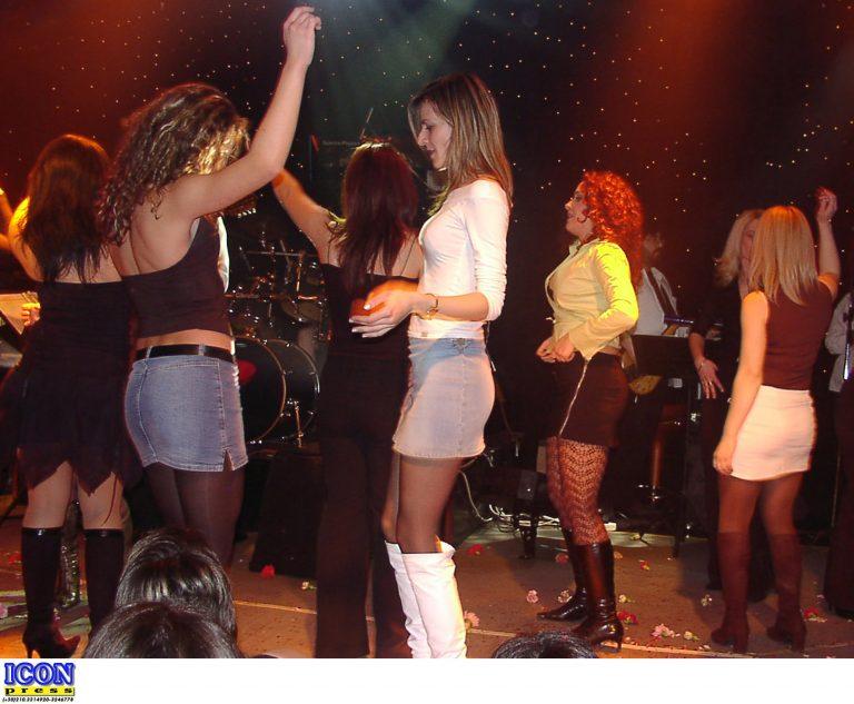 Τρεις διάσημοι τραγουδιστές και μία πασίγνωστη παρουσιάστρια αστέρια στη φοροδιαφυγή | Newsit.gr